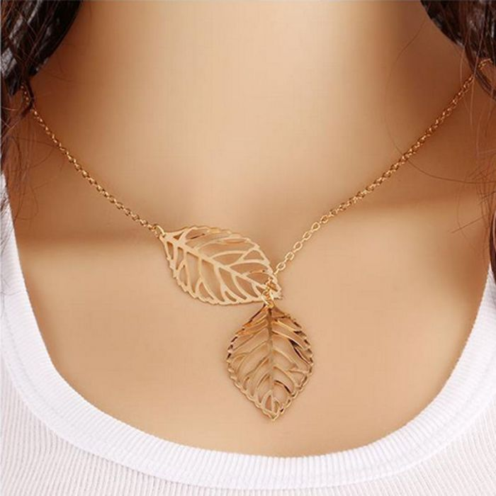 Leaves Necklace Gold