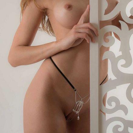 String Clitoris Le plaisir en Cage col argent